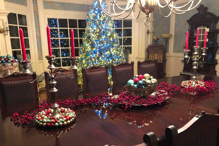 christmas at the inn at forest oaks in virginia